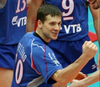 Юрий Бережко се завърна в Динамо! Гранкин, Холт и Обмочаев преподписаха с клуба