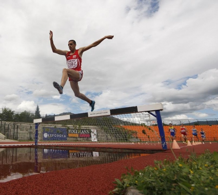 Иво Балабанов с рекорд на България на 2000 м стипълчейз
