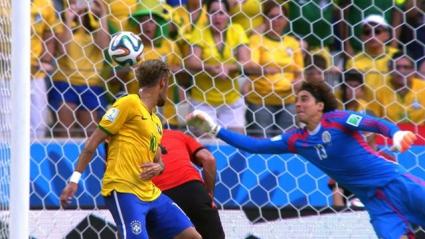 Пикантен супервратар и Бразилия без половин отбор