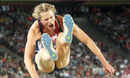 Томлинсън смята Игрите на Британската общност за по-важни от ЕП