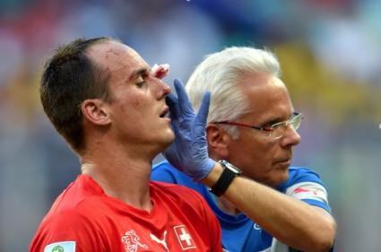 Швейцария загуби Фон Берген до края на шампионата
