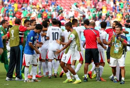 Седем футболисти от Коста Рика привикани на допинг-контрол