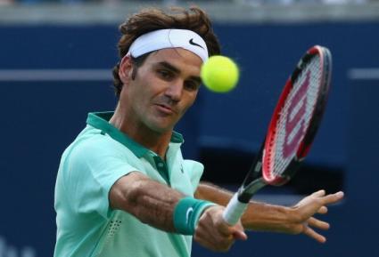Лесна победа за Федерер и трудно начало за Стан Вавринка в Торонто