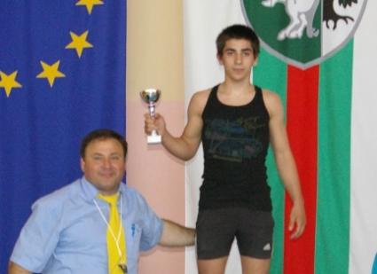 Михаил Георгиев остана 5-и на СП в категория до 66 кг