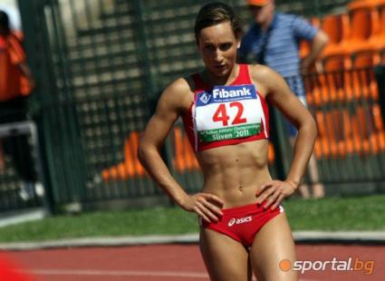 Ефтимова в първи коридор на 100 м, Ивет бяга в последната серия