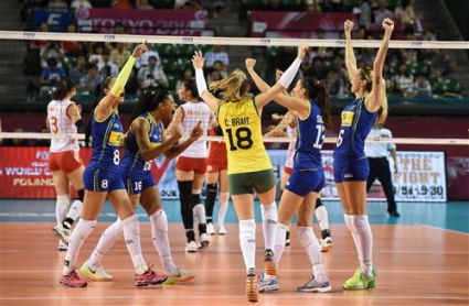 Бразилия с чисто 3:0 над Китай на финалите на Гран При