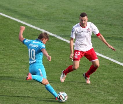 Амкар с тримата българи загуби от Зенит и остава предпоследен в класирането (видео)