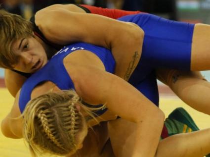 Тайбе Юсеин ще се бори за бронза в категория до 60 кг