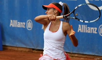 """Евтимова и Томова се класираха на четвъртфиналите на """"Алианц Къп"""" (галерия)"""