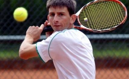 Лазов се класира за 1/4-финалите в Казахстан