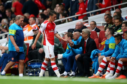 Лоши новини за Арсенал - Йозил аут за три месеца