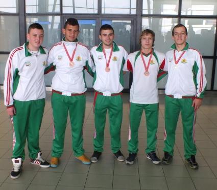 Националите по борба за глухи се завърнаха в България с четири медала от СП