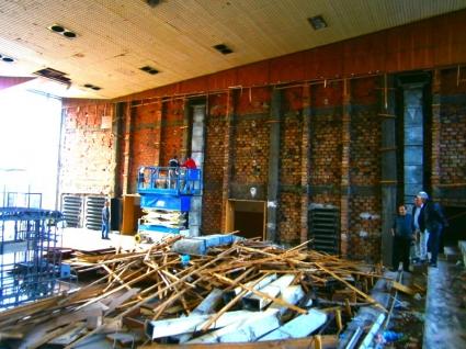 Кметът на Дупница: Тръпки ме побиха като видях спортната зала
