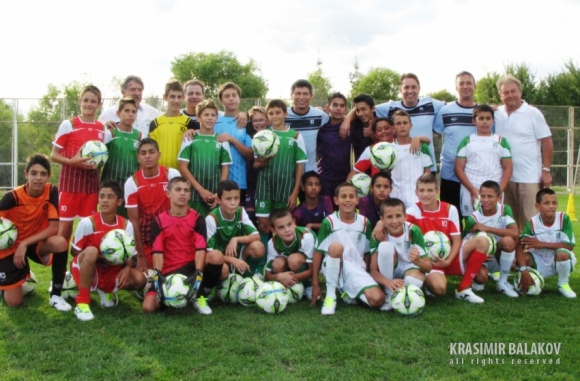 Краси Балъков отново се включва в инициативата SOS Детски селища