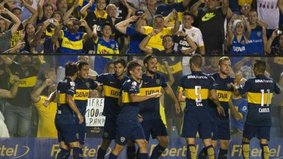 Освалдо с два гола за разгромна победа на Бока Хуниорс в Копа Либертадорес