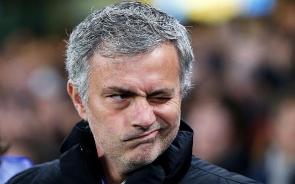 """Британска преса е строга към Моуриньо и Челси след """"Нощта на позора"""""""