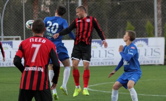Амкар без българите срещу Уфа