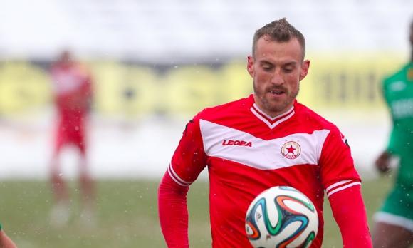Стойчо Младенов изгони нападател заради интервю