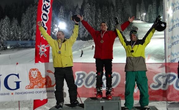 НСА обра титлите в сноуборда на Националната универсиада