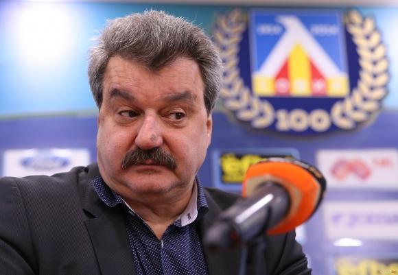 Батков: Неприятно е, но ще стискам палци за ЦСКА