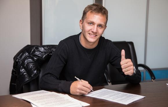 Официално: Кришито подписа нов договор със Зенит