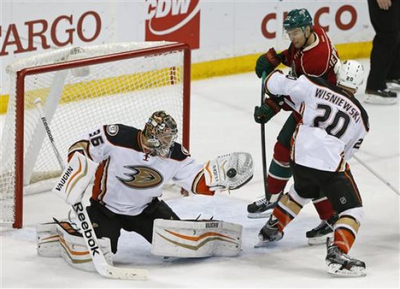 Анахайм оглави еднолично НХЛ с победа срещу Минесота