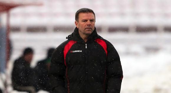 Официално поискаха оставката на Стойчо при провал (видео)