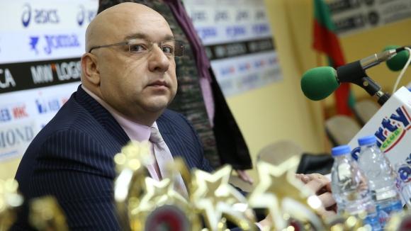 Красен Кралев предлага университетите да имат професионални отбори