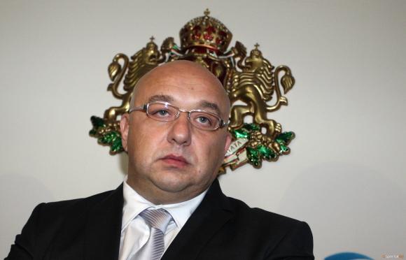 Красен Кралев привика замесените в допинг скандала на спешна среща