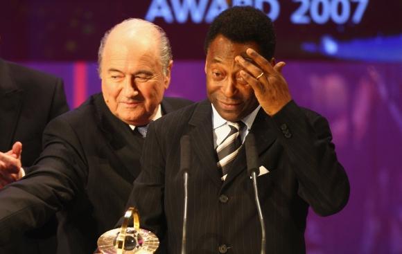 Пеле подкрепя Сеп Блатер за президентския пост на ФИФА