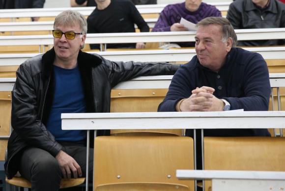 Иво Тонев: Говоря сериозно, оправим ли се финансово, ще поканя Сираков да се върне в Левски