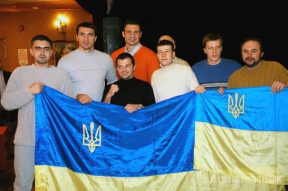 1000 украинци ще дерат гърла за Кличко в Ню Йорк