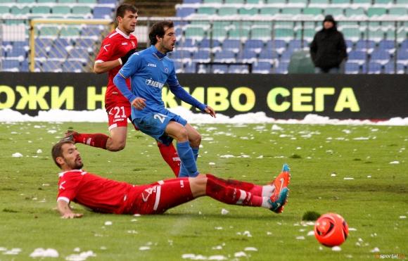 ЦСКА и Левски подадоха документите си за лицензиране в срок (видео)