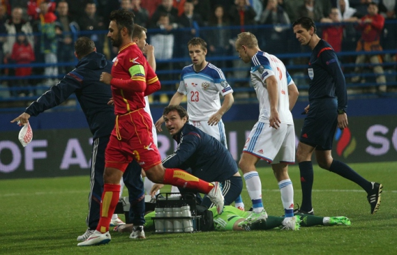 УЕФА ще разгледа инцидентите в Черна гора на 9 април