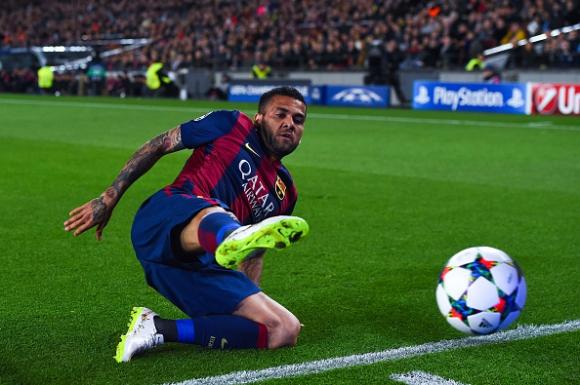 Жерард Пике: Дани Алвеш е най-добрият десен защитник в историята на Барселона