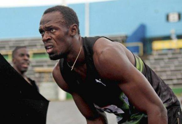 Юсеин Болт с първи успех на 200 метра от 20 месеца (ВИДЕО)
