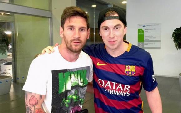 Меси се прибра в Барселона