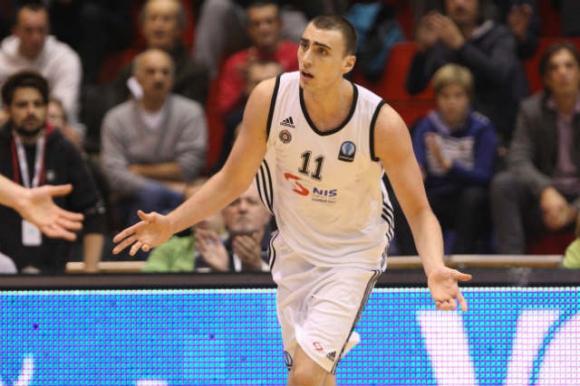 Олимпиакос привлече сръбски талант