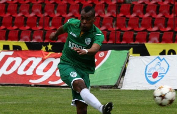 Бивш играч на Берое подписа в Португалия