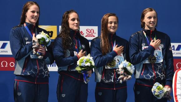Щафетата на САЩ при жените защити титлата си на 4 по 200 м свободен стил