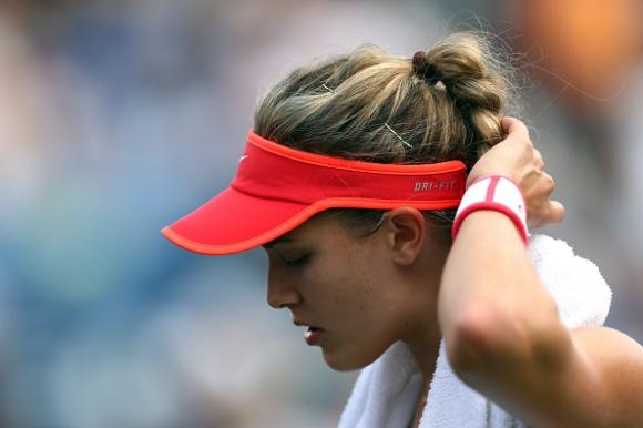 Мозъчно сътресение отказа Бушар, Винчи на четвъртфинал без игра