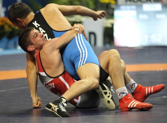 Иво Ангелов отпадна на четвъртфинал