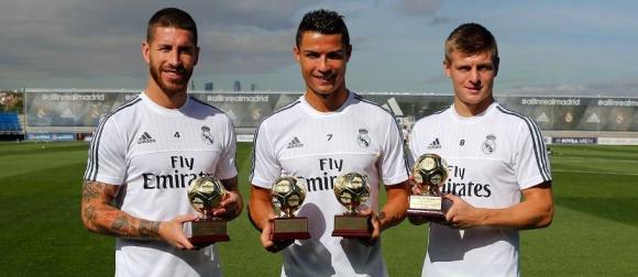 Засипаха с награди Реал Мадрид на днешната тренировка