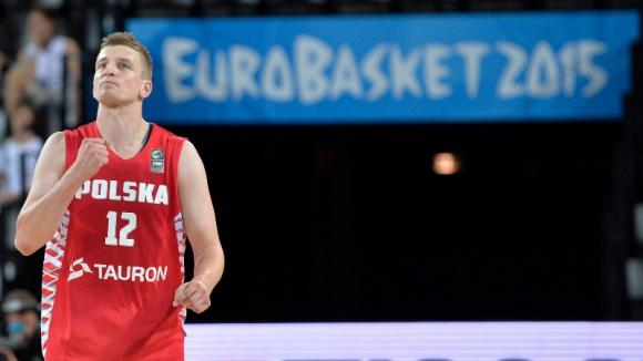 Полша завърши груповата фаза с успех (видео)
