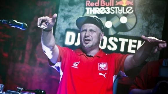 Полски диджей идва за мачовете във Варна