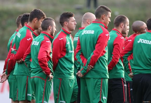Големи проблеми за България преди мача с Хърватия, който е последен шанс за Евро 2016