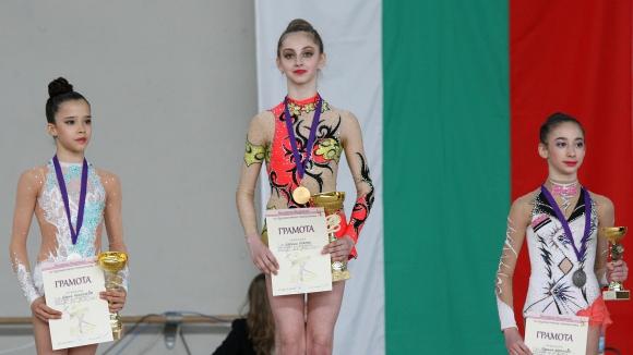 Пет златни медала за Боряна Калейн в Пазарджик