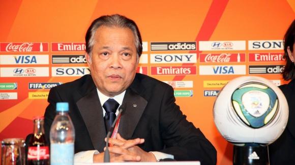 Бившият член на Изпълкома на ФИФА Ворави Макуди ще обжалва наказанието си