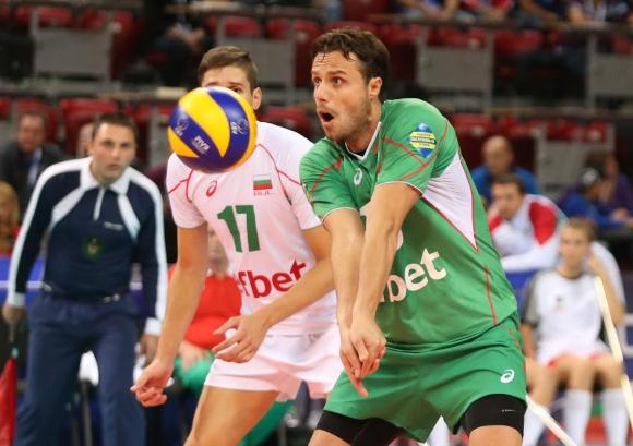 Теодор Салпаров остава под въпрос за 1/4-финалния мач на България