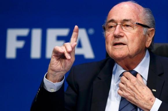 """Бивш съветник на Блатер го нарече """"баща на световния футбол"""""""